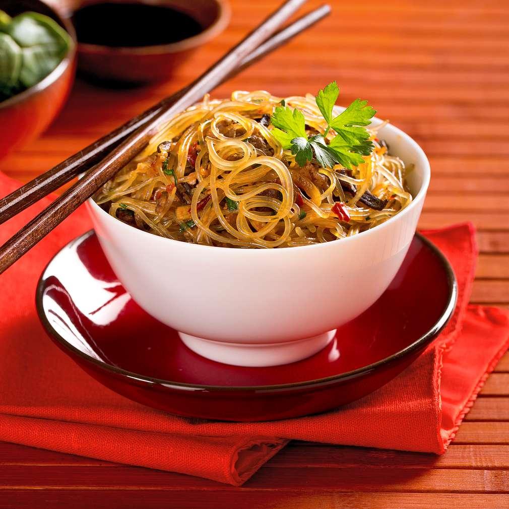Изобразяване на рецептата Салата с оризови спагети