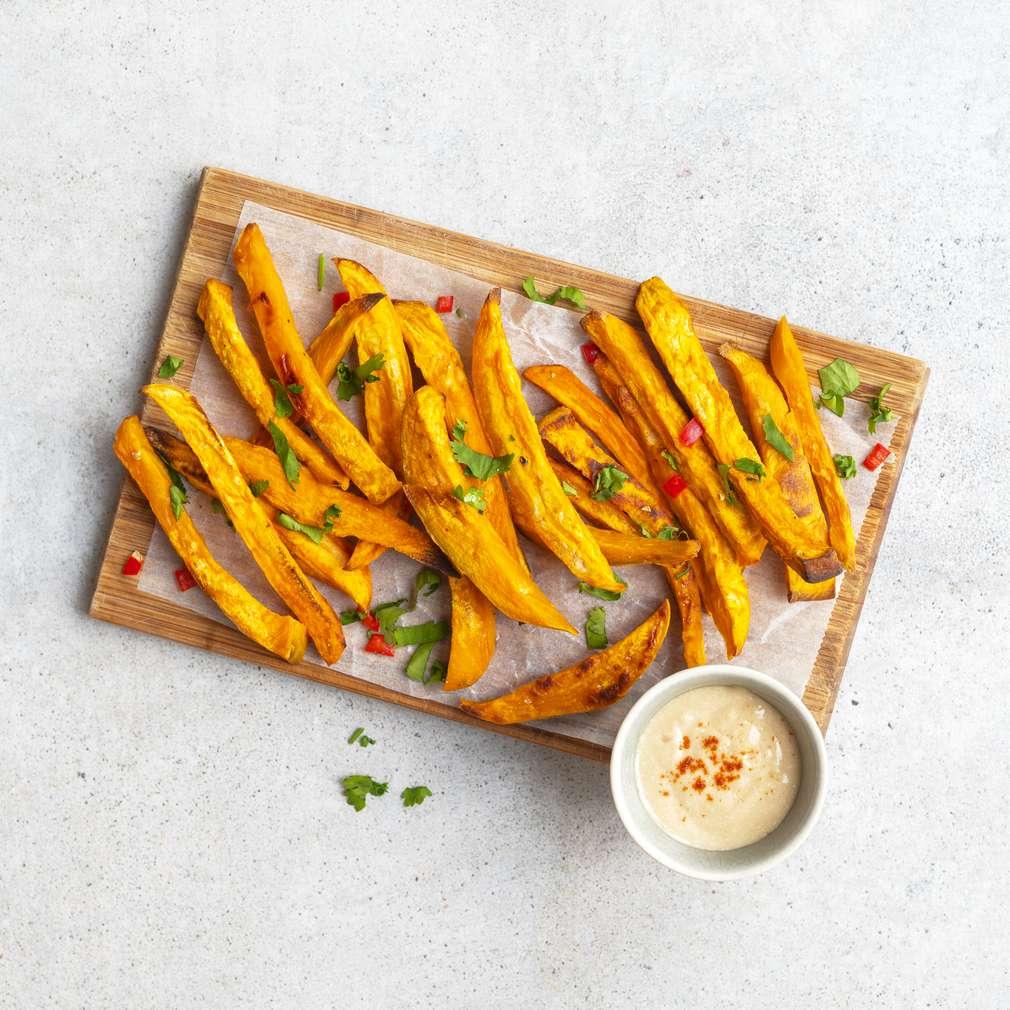 Zobrazit Batátové hranolky s arašídovým dipem receptů