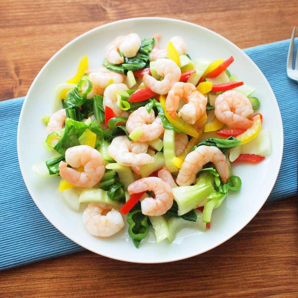 Zobrazit Krevetový salát s pak choi receptů