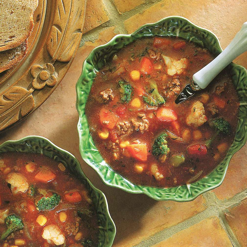 Supă de legume cu carne de vită