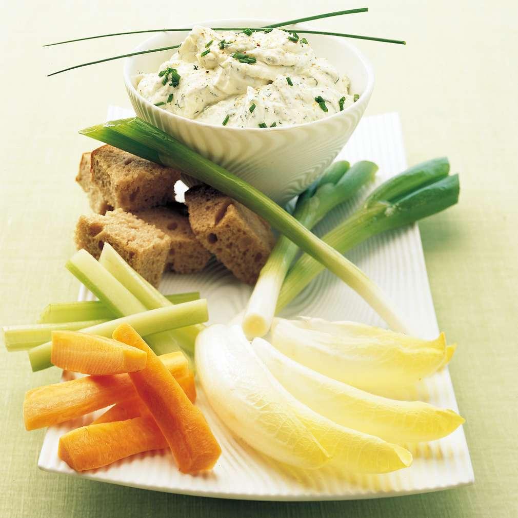 Imaginea rețetei Brânză proaspătă cu usturoi