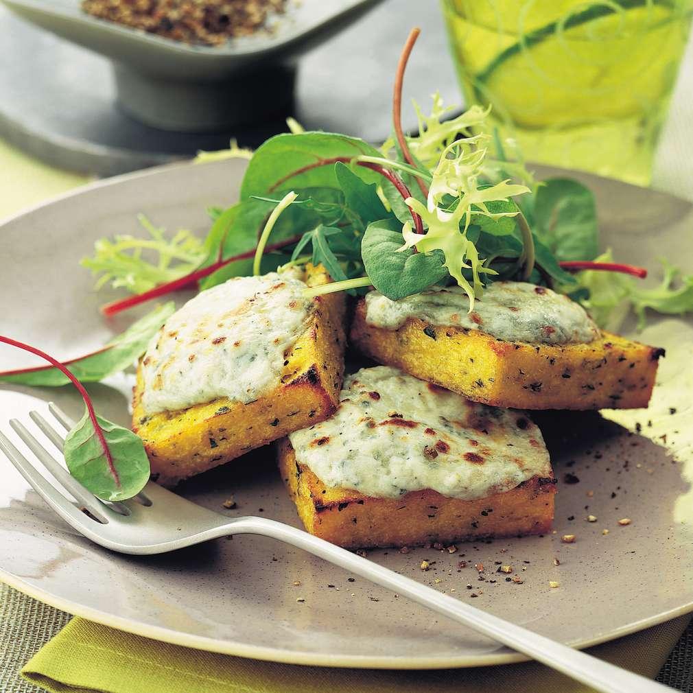 Imaginea rețetei Mămăligă cu verdețuri și gorgonzola