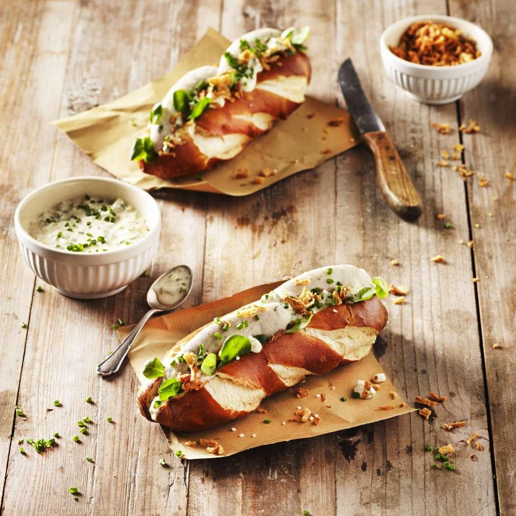Imaginea rețetei Hotdog cu cârnați bavarezi