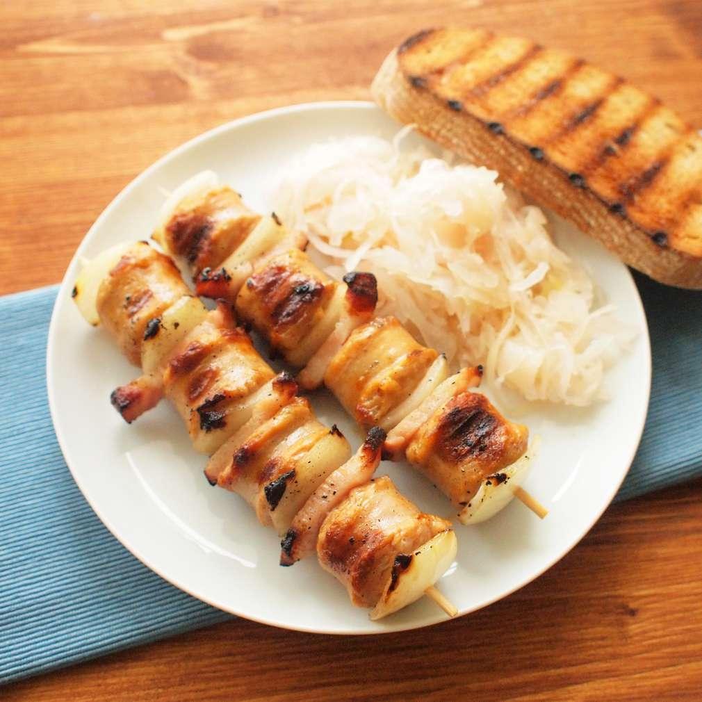 Zobrazit Grilovaný klobáskový špíz se slaninou receptů