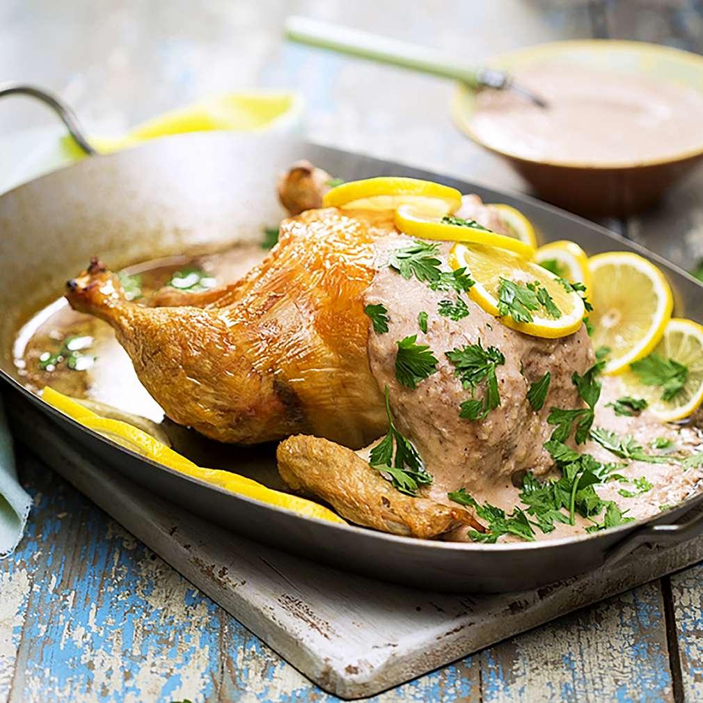 Изобразяване на рецептата Пиле с орехов сос