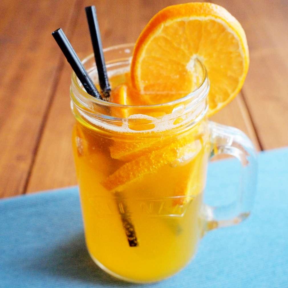 Zobrazit Oranžáda s pšeničným pivem receptů