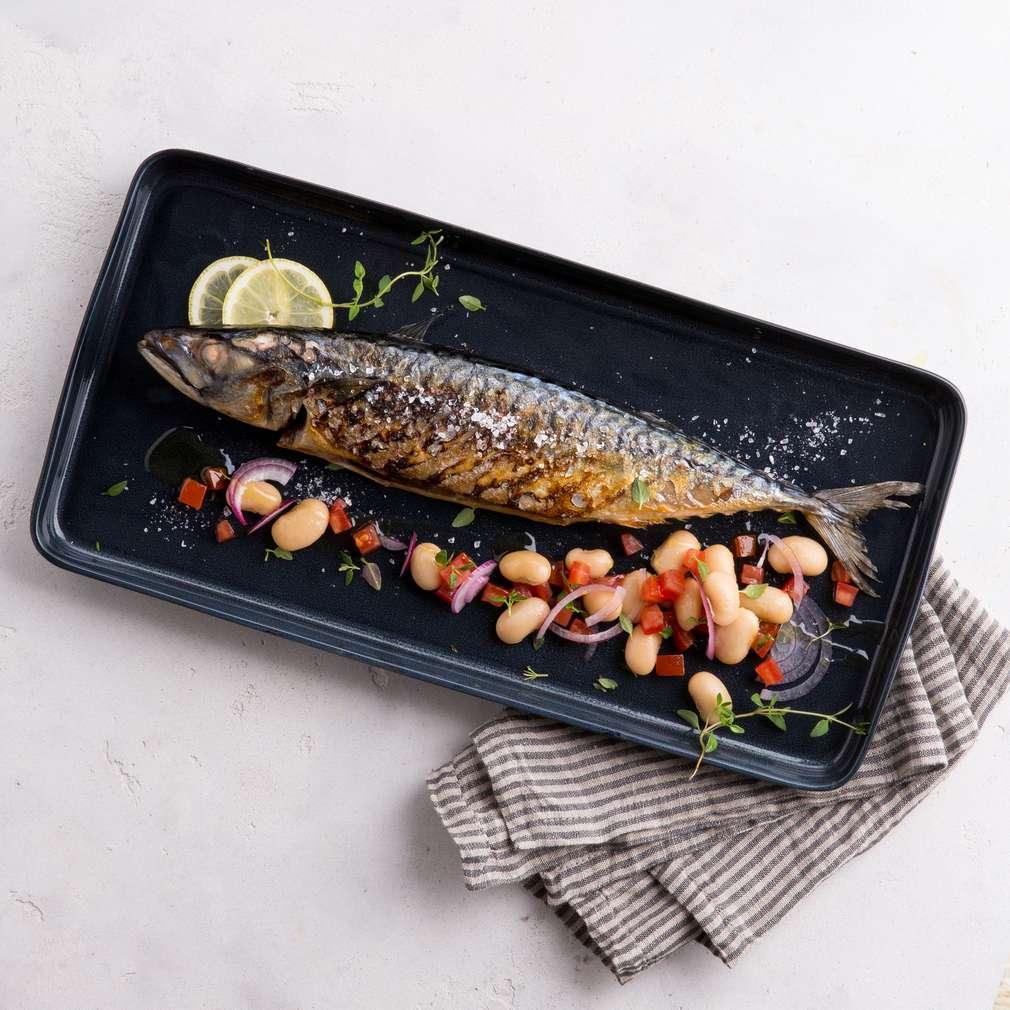 Abbildung des Rezepts Makrele mit griechischem Bohnensalat