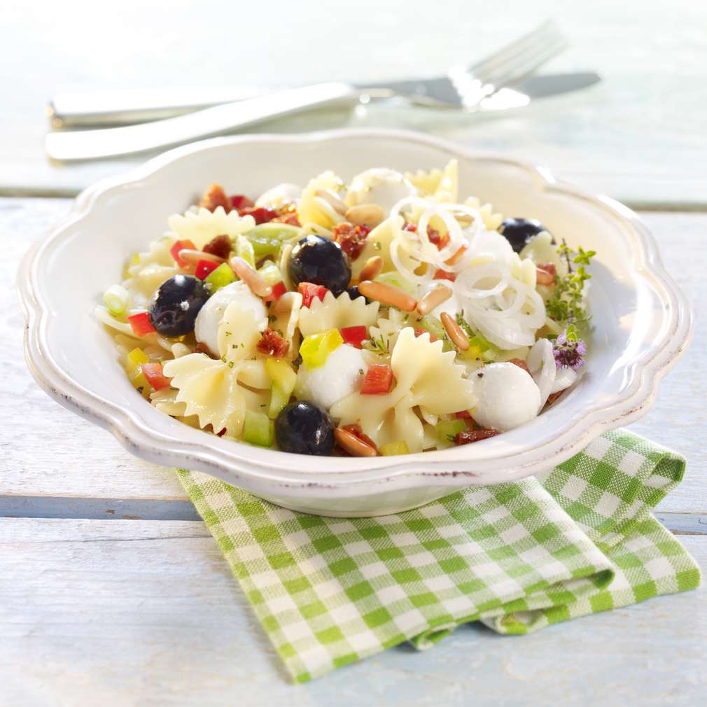 Zobrazit Těstovinový salát s olivami receptů