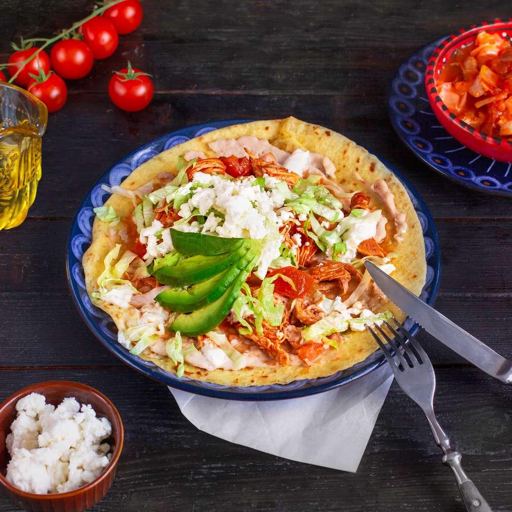 Zobrazenie receptu Tostada - Pollo de Tinga