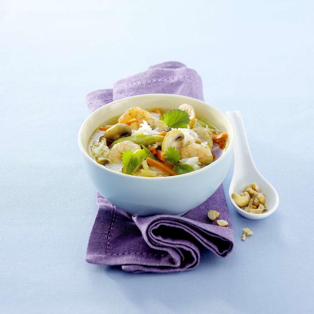 Zobrazit Svěží a lehká polévka s krevetami receptů
