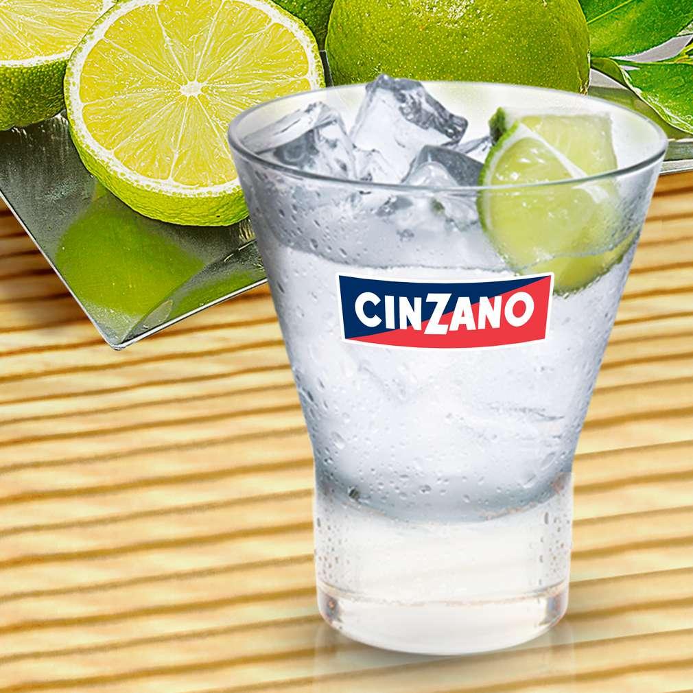 Zobrazit Cinzano Extra Dry na ledu receptů
