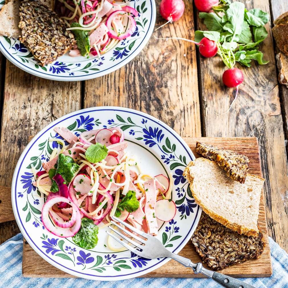 Изобразяване на рецептата Баварска месна салата