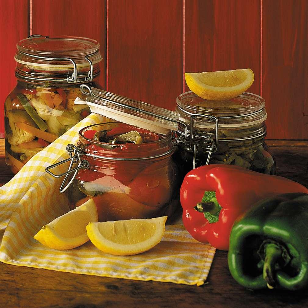 Ardei grași conservați în ulei