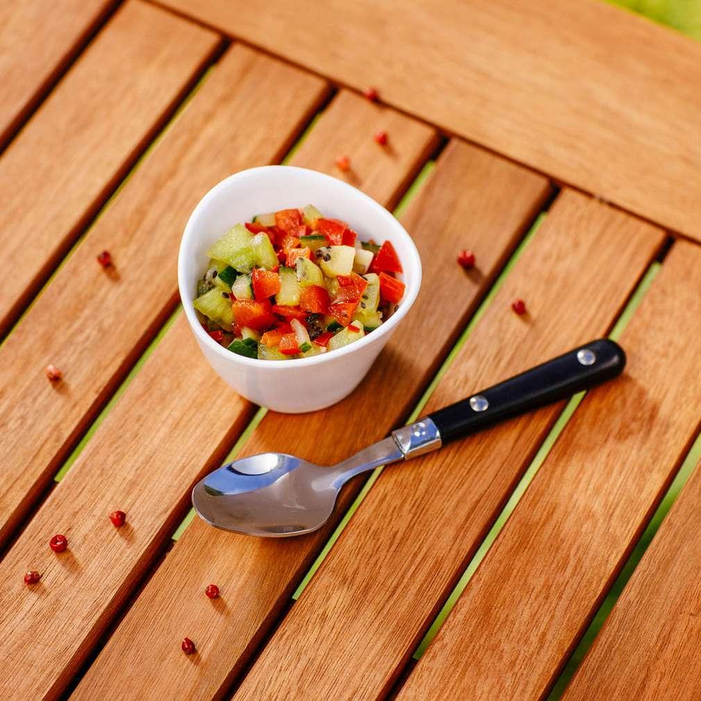 Salsa de kiwi și ardei