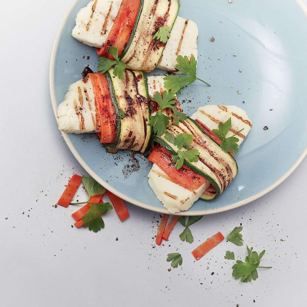Imaginea rețetei Brânză Halloumi la grătar cu legume