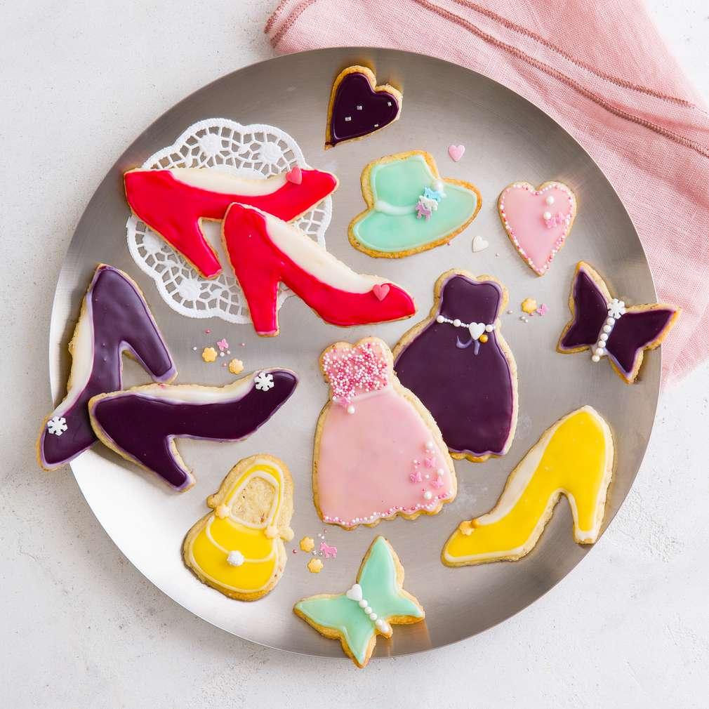Mărțișoare dulci din biscuiți