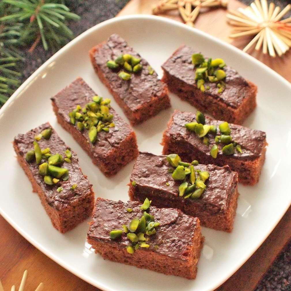 Zobrazit Kakaovo-perníkové řezy receptů