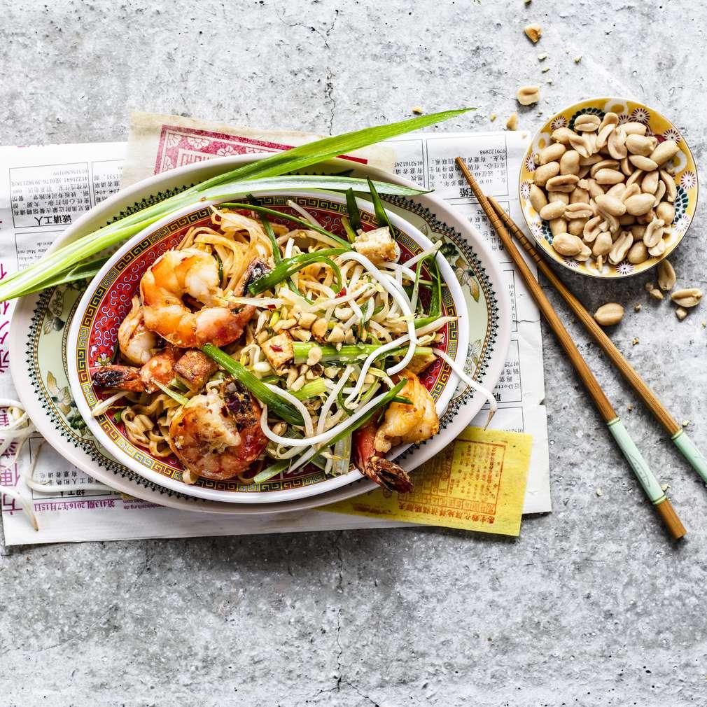 Pad Thai cu tofu și creveți
