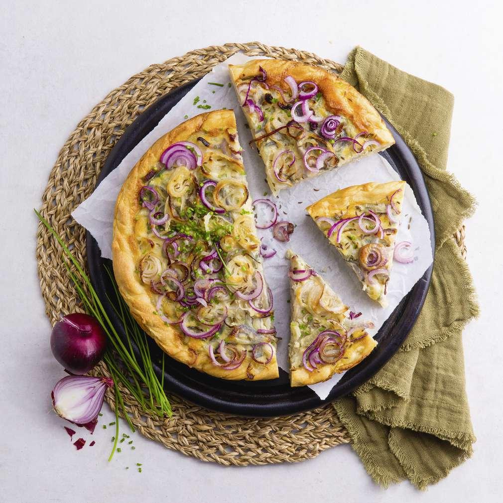 Abbildung des Rezepts Vegetarischer Zwiebelkuchen mit Hefeteig