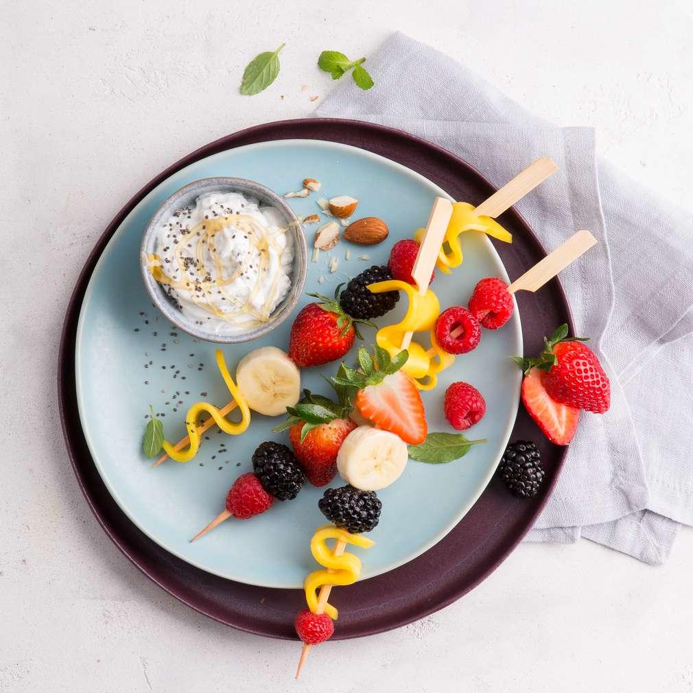 Abbildung des Rezepts Stillzeit-Obstspieße mit Chiasamen