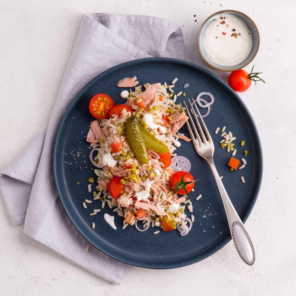 Abbildung des Rezepts Thunfisch-Reis-Salat mit Tomaten