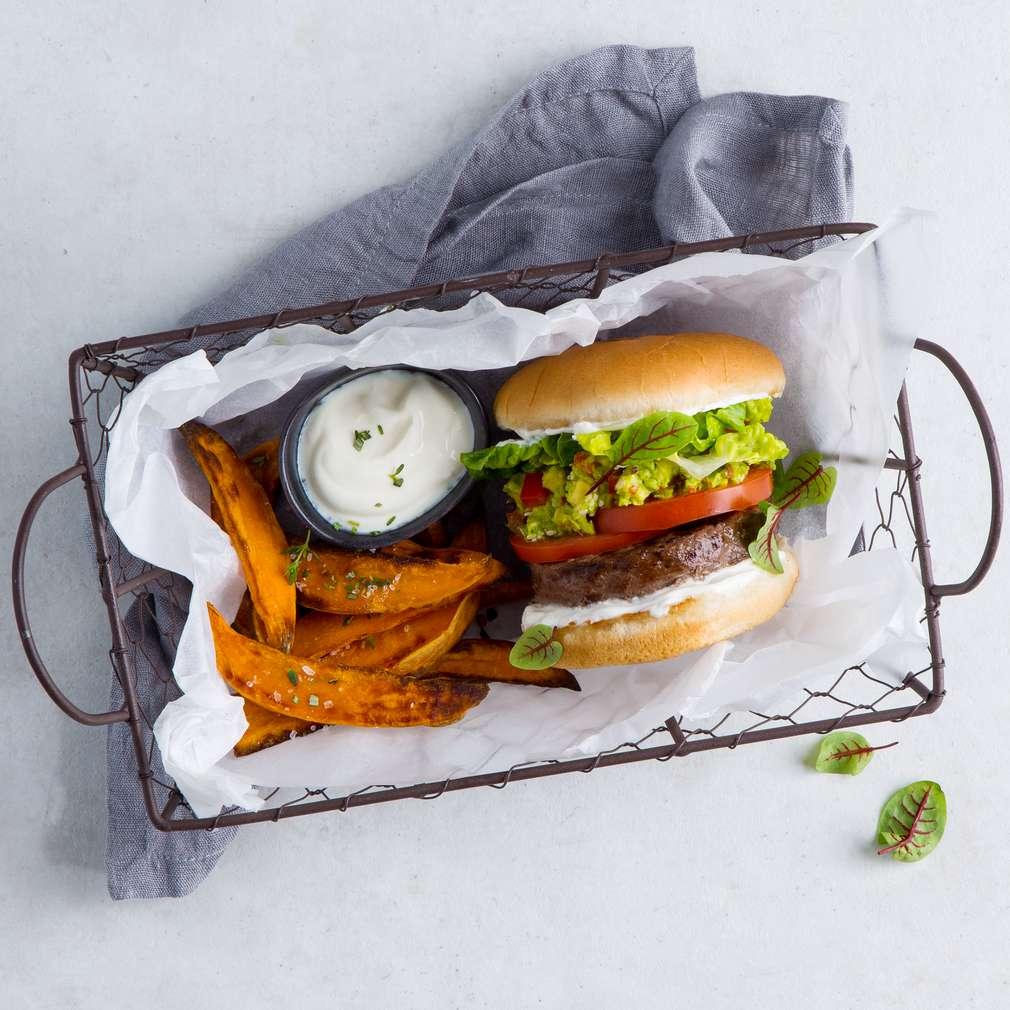 Abbildung des Rezepts Black-Angus-Burger mit Guacamole