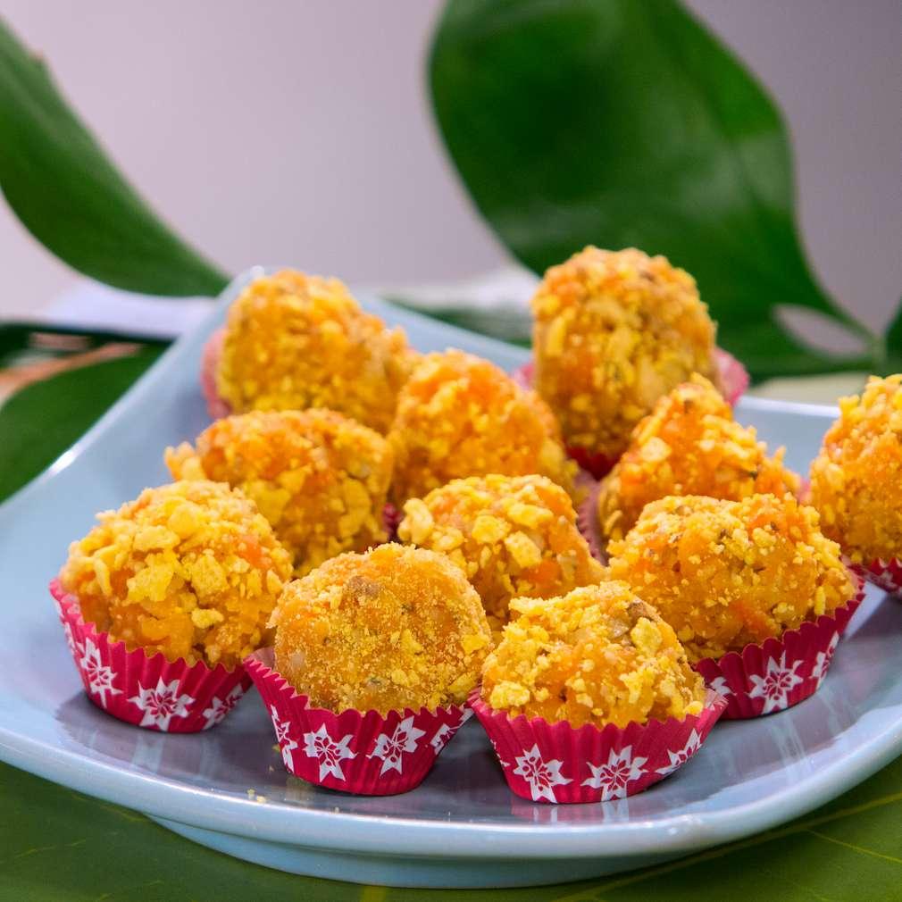 Изобразяване на рецептата Постни оранжеви бонбони