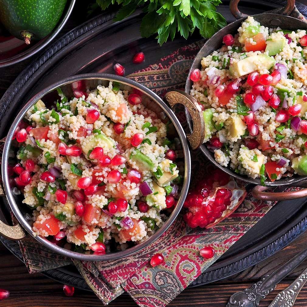 Imaginea rețetei Salată de cușcuș cu rodie