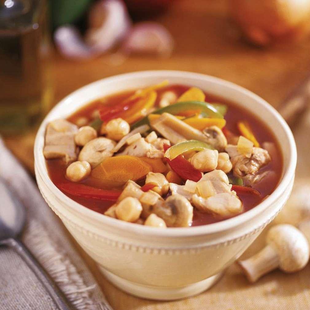 Supă de pui cu năut
