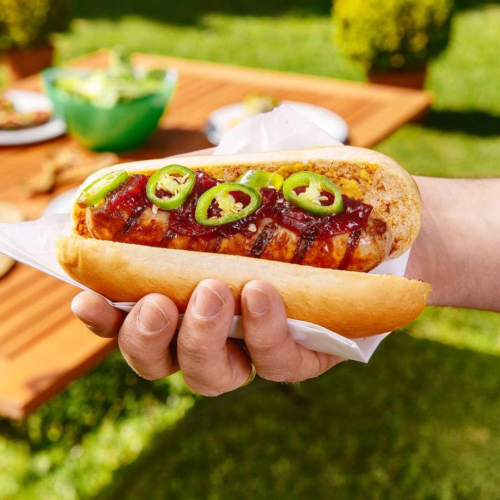 Abbildung des Rezepts Deluxe-Bratwurst-Hotdog