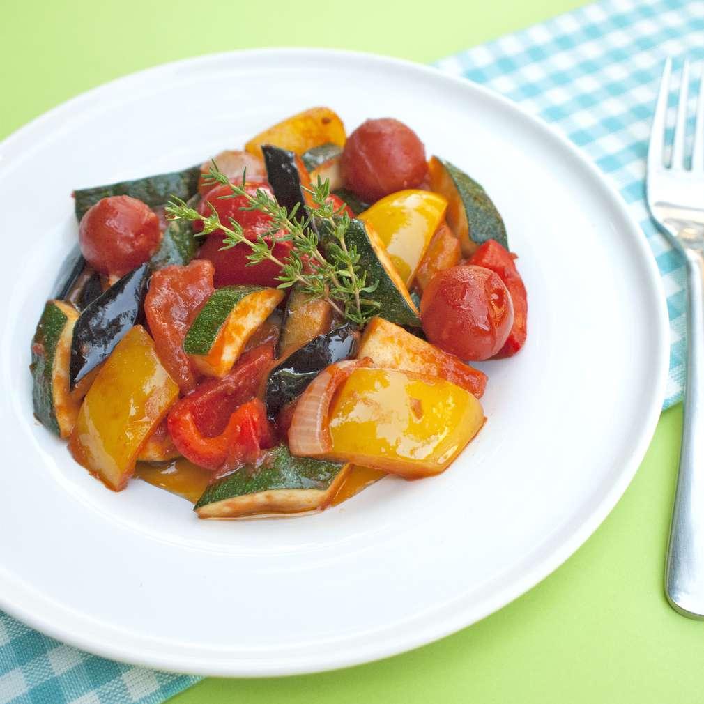 Zobrazit Dušená zelenina ratatouille receptů