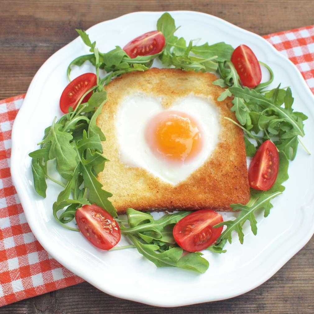Zobrazit Sváteční vajíčko v toastu receptů