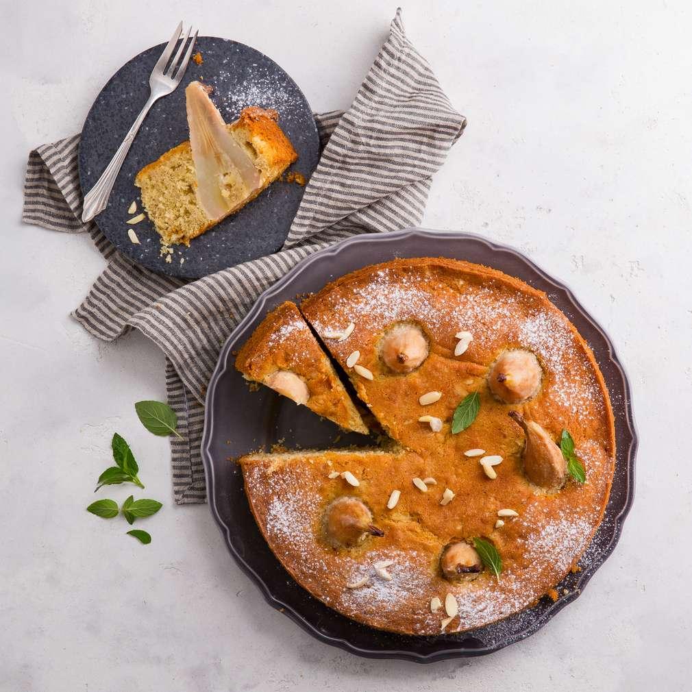Abbildung des Rezepts Versunkener Birnenkuchen mit Mandeln
