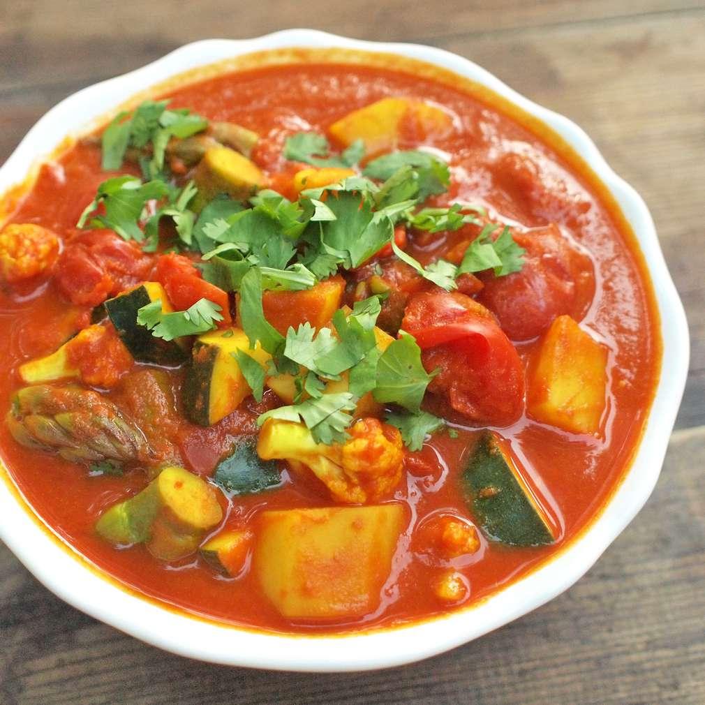 Zobrazit Zeleninové kari receptů