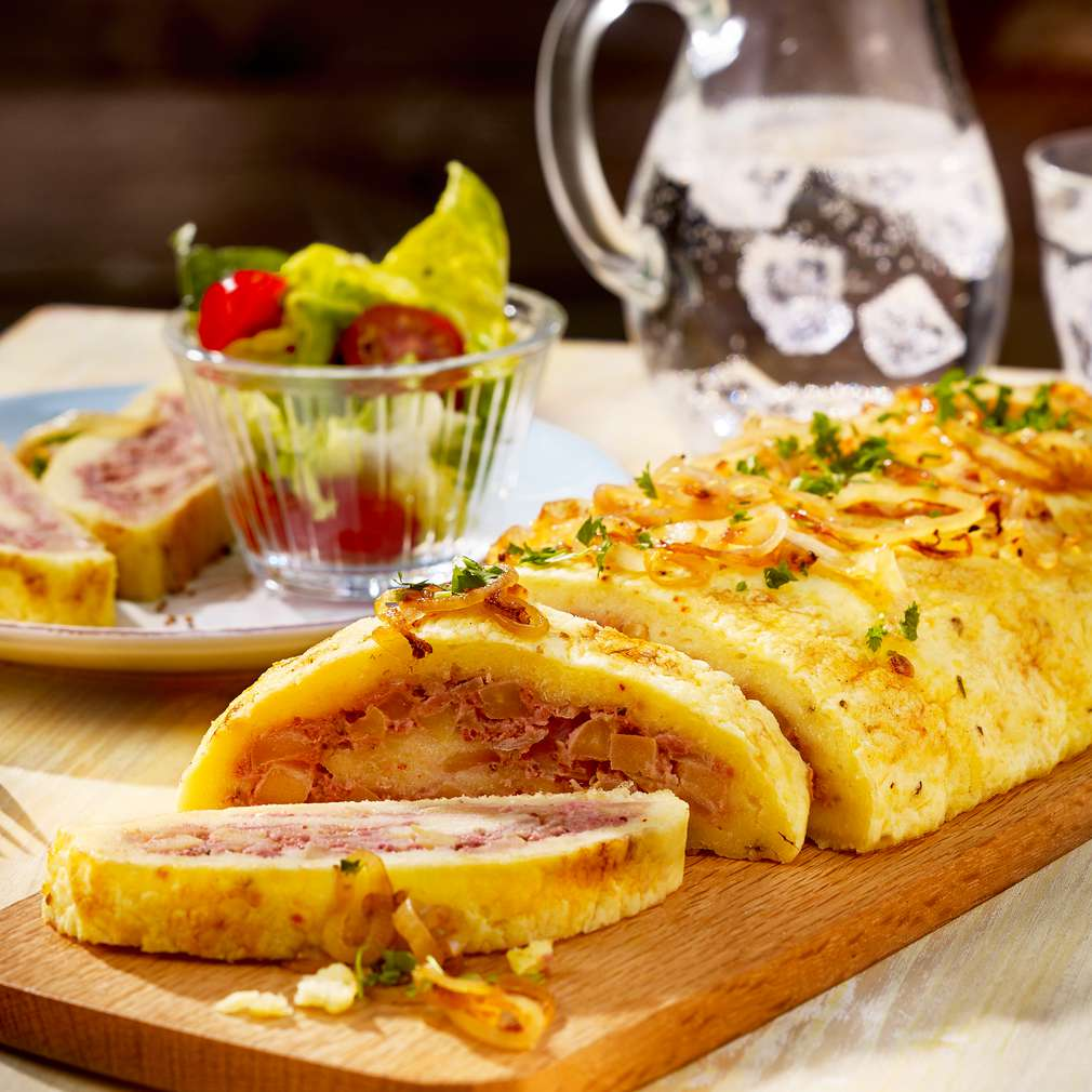 Abbildung des Rezepts Leberwurst-Kartoffelrolle