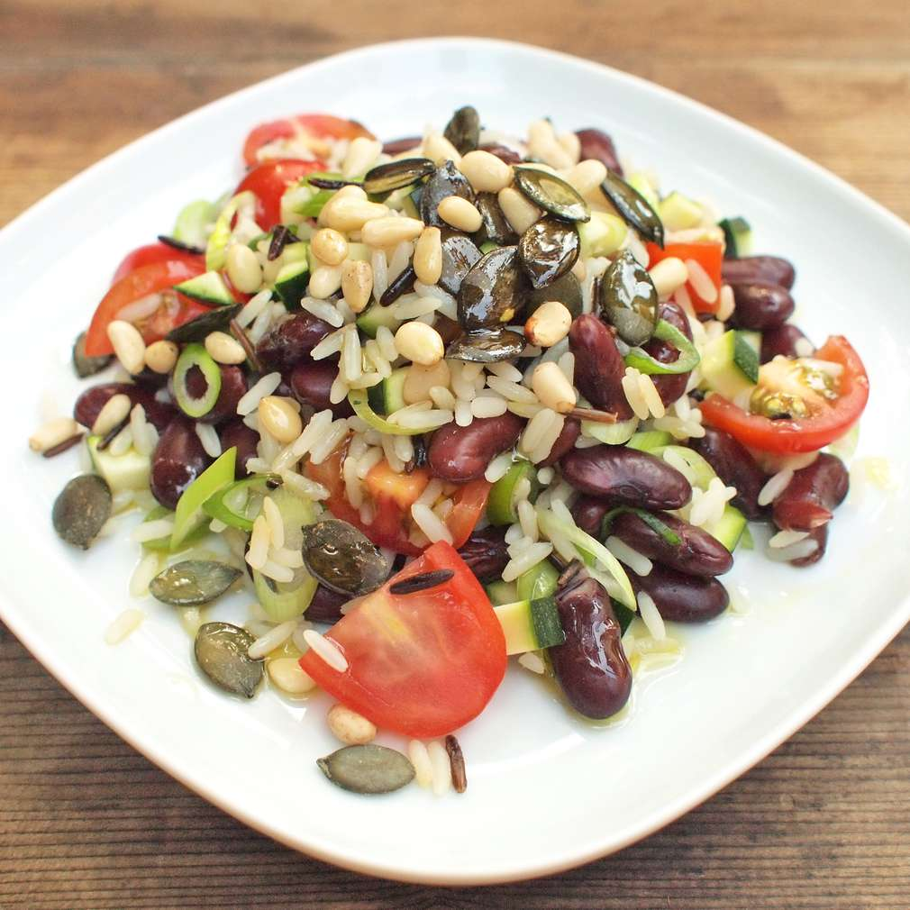 Zobrazit Salát s divokou rýží receptů