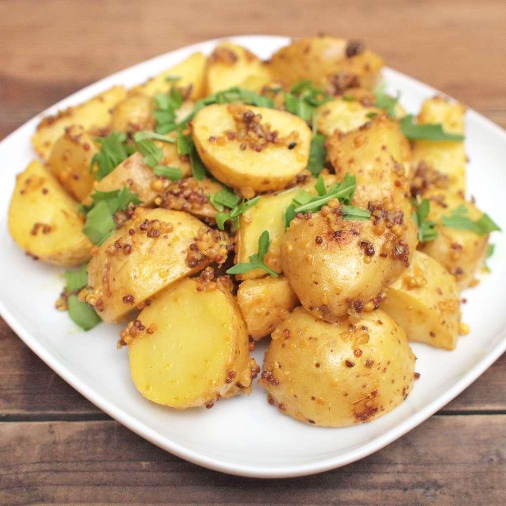 Zobrazit Pikantní brambory pečené na hořčici receptů