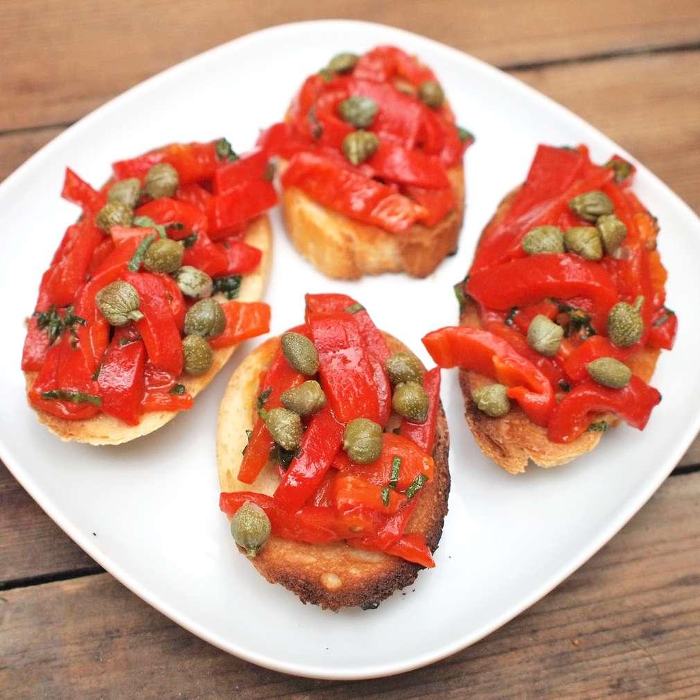 Zobrazit Bruschetta s grilovanou paprikou receptů