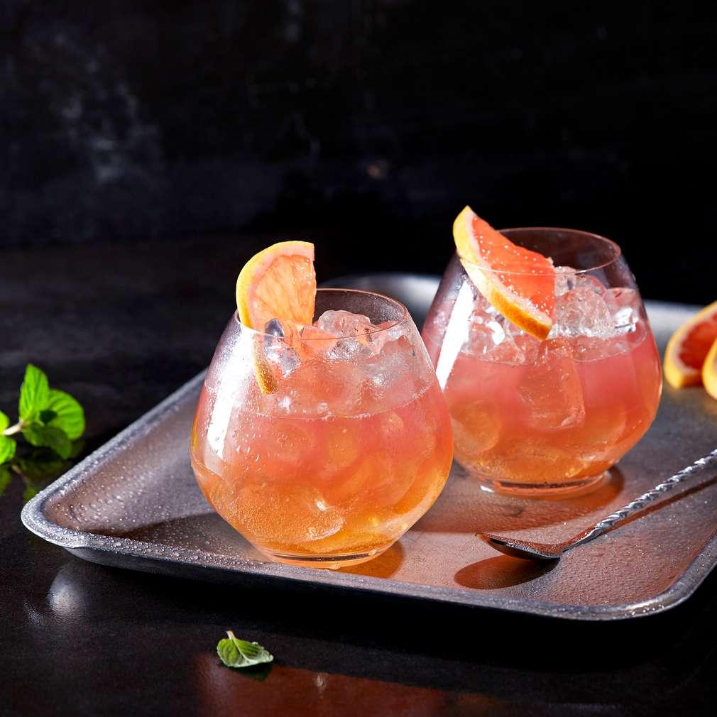 Изобразяване на рецептата Безалкохолен коктейл с розов грейпфрут