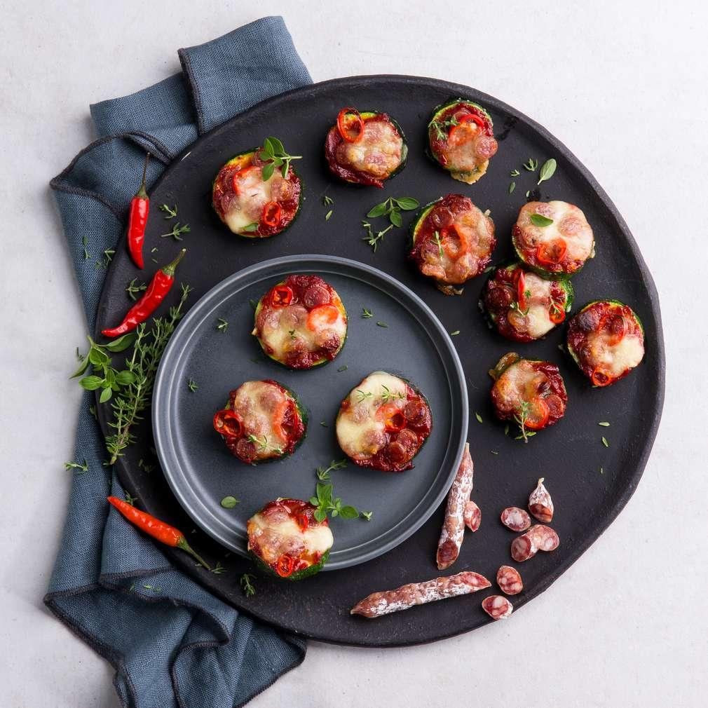 Abbildung des Rezepts Zucchini-Pizza-Bites Diavolo