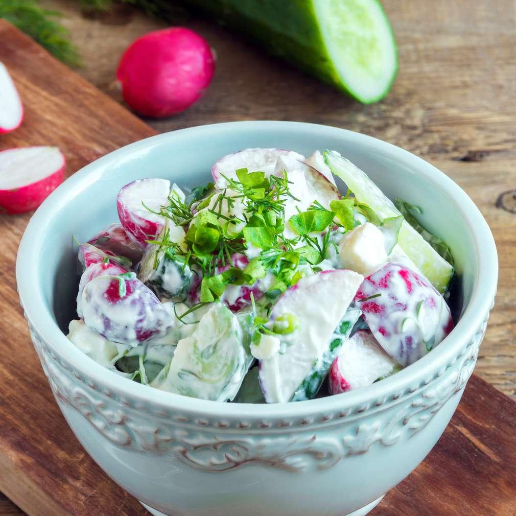 Fotografija recepta Šarena proljetna salata