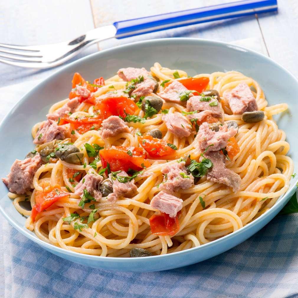 Fotografija recepta Špageti s tunom i rajčicom
