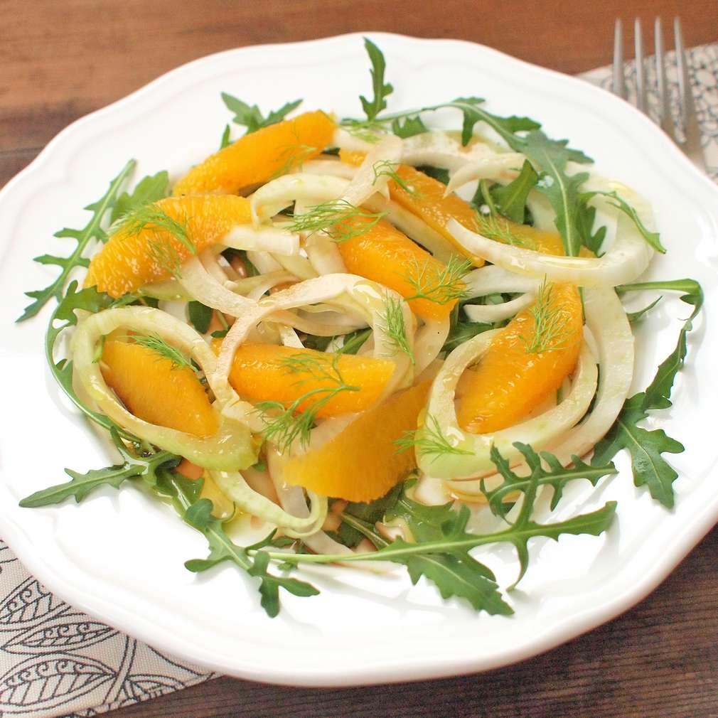 Zobrazit Fenyklový salát s pomeranči receptů