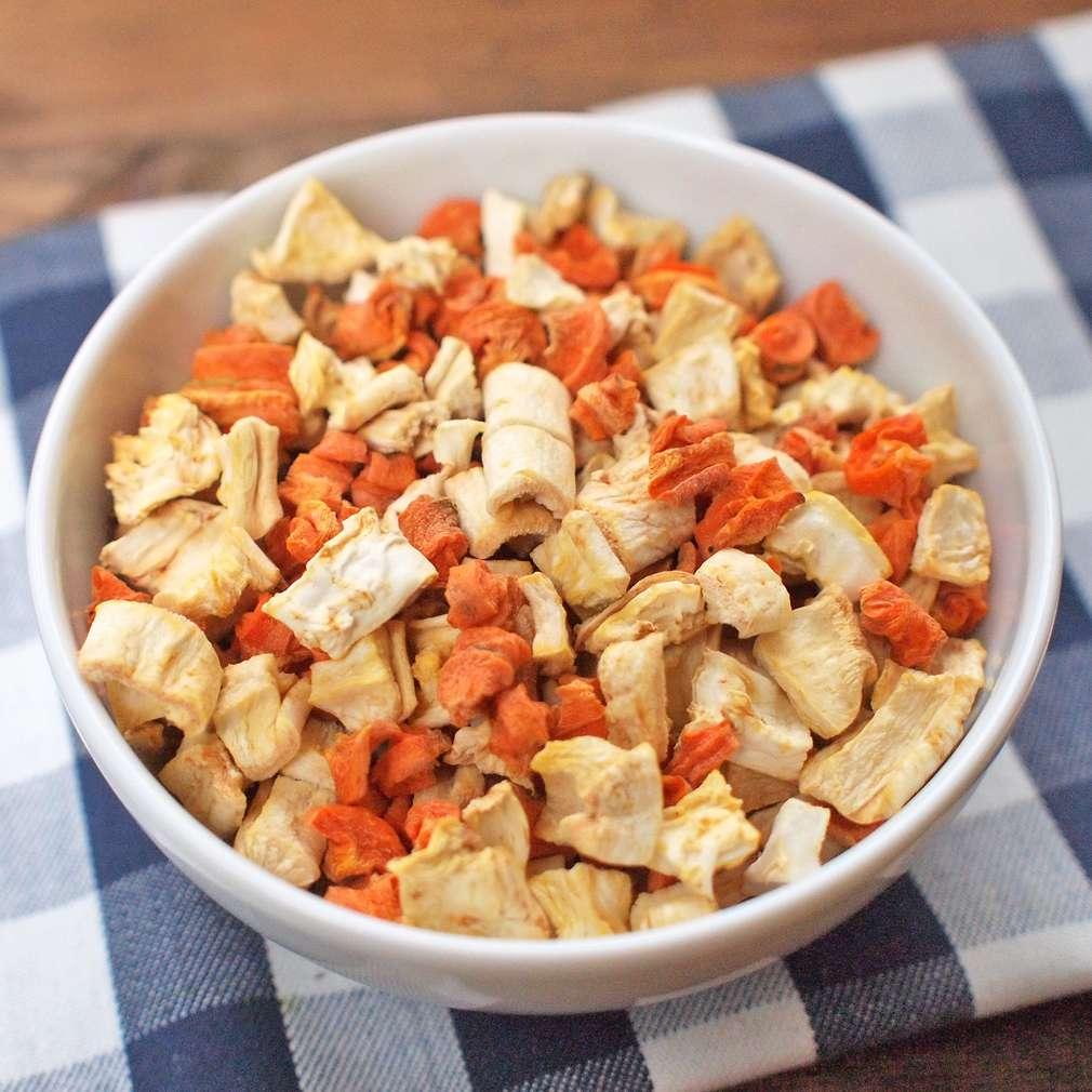 Zobrazit Sušená kořenová zelenina do polévky receptů