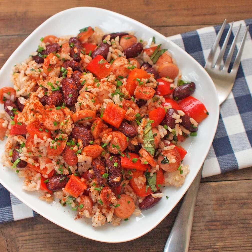 Zobrazit Rychlá rýže s fazolemi a párkem receptů