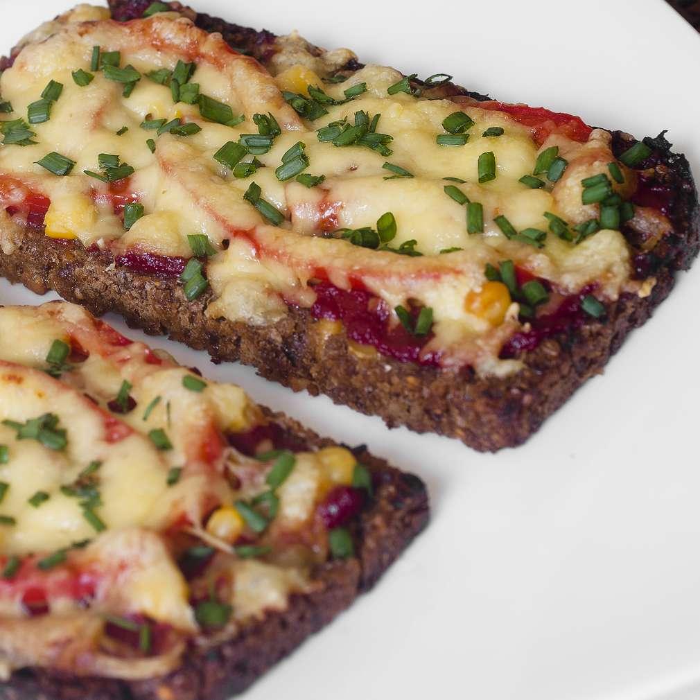 Zdjęcie przepisu Pizza z chleba
