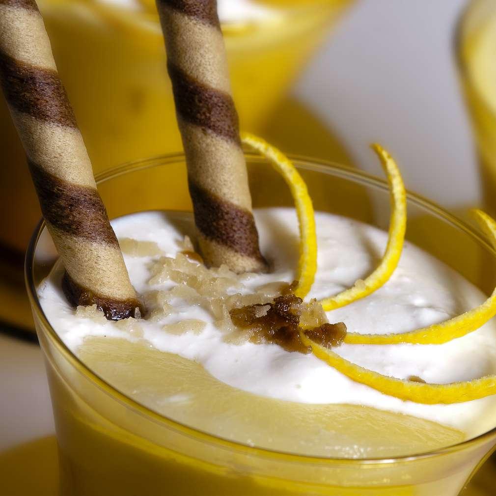 Zdjęcie przepisu Krem miodowy z ananasem