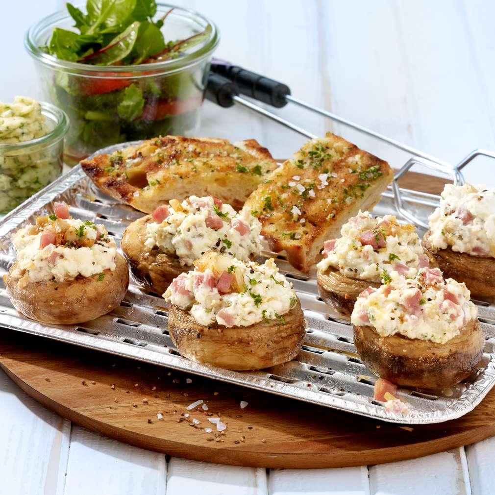 Zdjęcie przepisu Grillowane pieczarki nadziewane serem feta