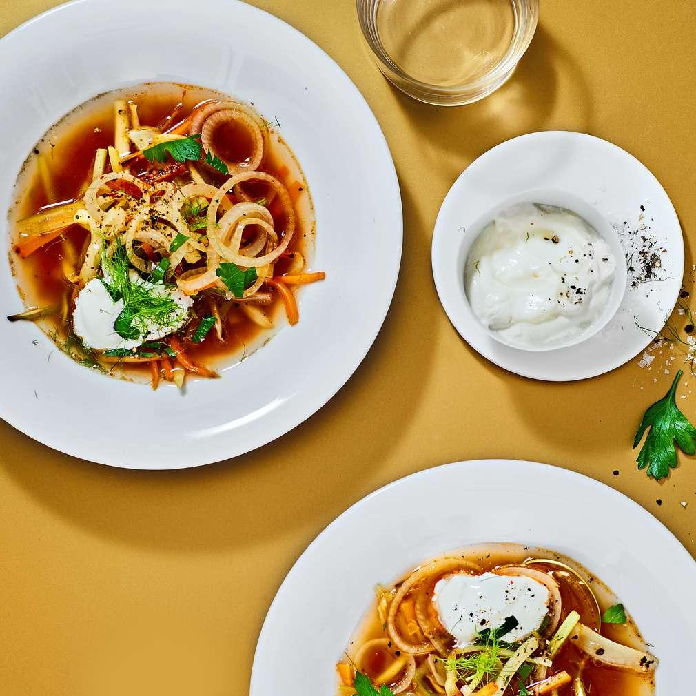 Imaginea rețetei Supă de legume mediteraneeană