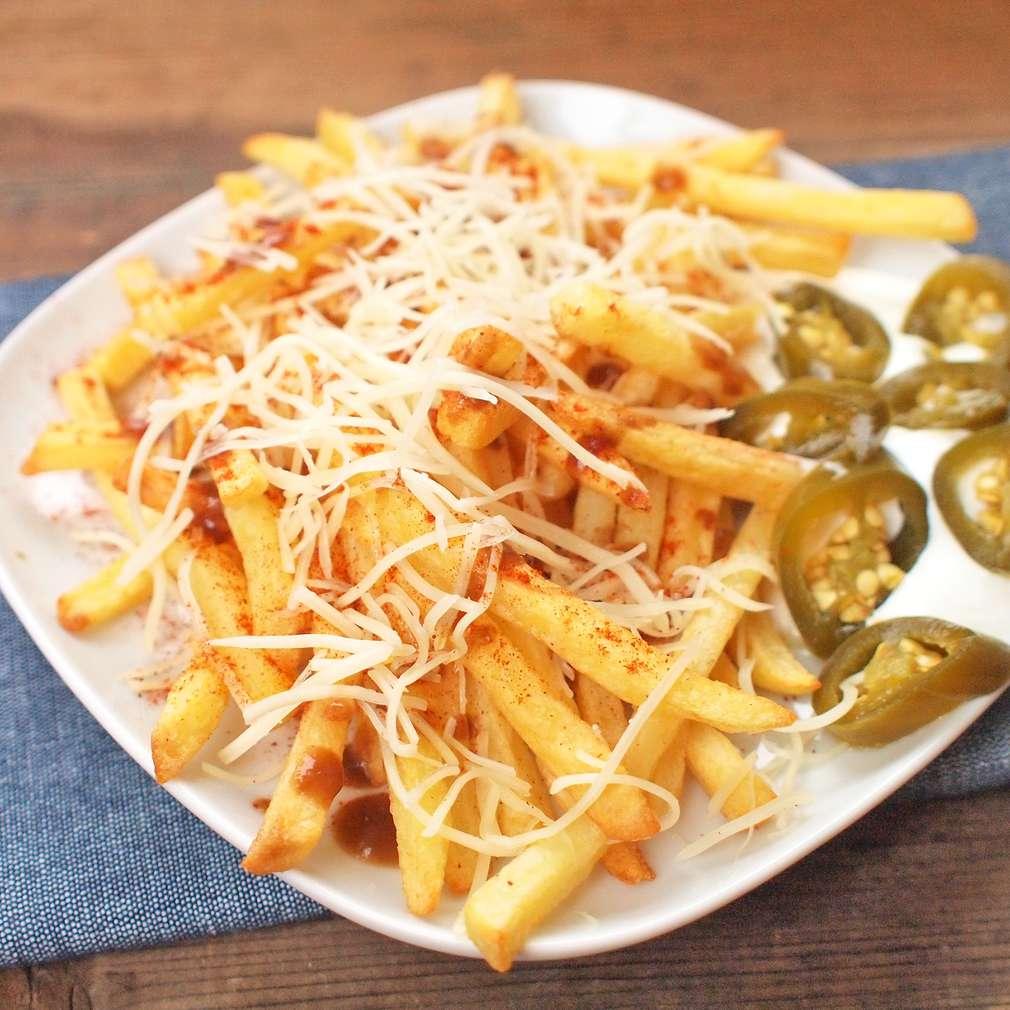 Zobrazit Pikantní sýrové hranolky k televizi receptů